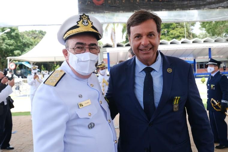 Ministro do Turismo participa da cerimônia do Dia do Marinheiro